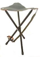 Стульчик-тренога, кожа+металл, цвет - зеленый, высота 60см.